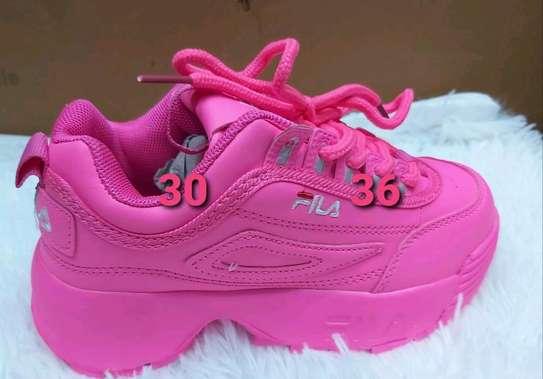 Fila sports shoes image 3
