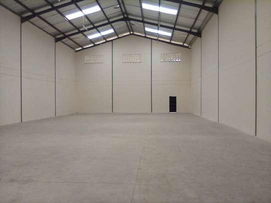 warehouse for rent in Utawala image 9