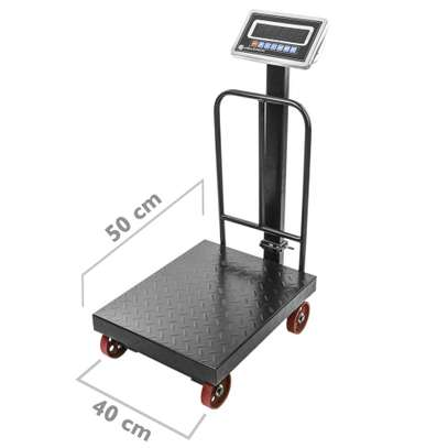 Industrial platform scale 40x50 cm 600 Kg scale with wheels image 1