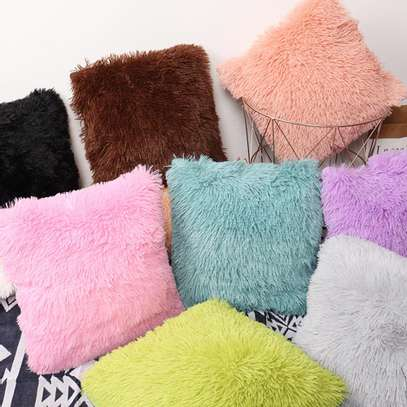 Quality fluffy pillows image 2