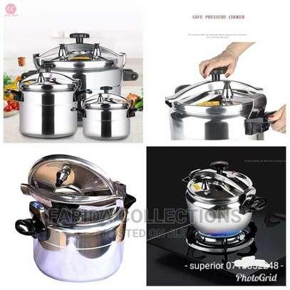 2 Handle Pressure Cooker image 1