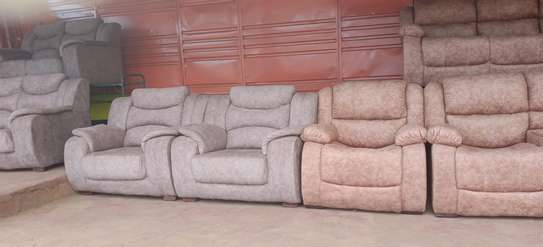 5 seater recliner image 1
