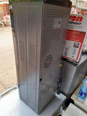 Water Dispenser Von Hotpoint image 3