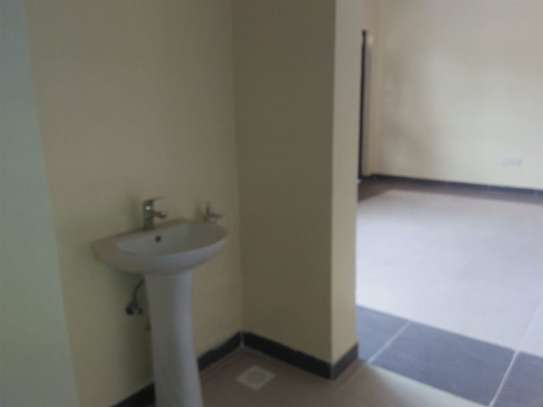 2 bedroom apartment for rent in Riara Road image 5