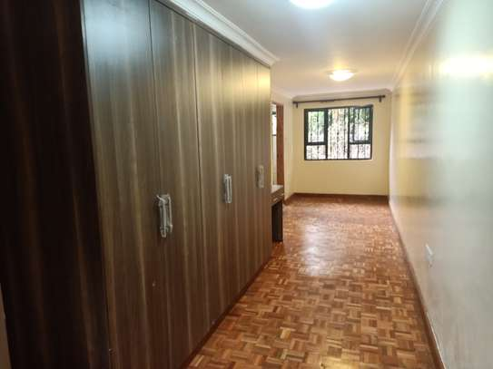 3 bedroom townhouse for rent in Old Muthaiga image 5