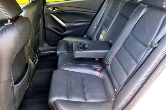 Mazda Atenza image 2