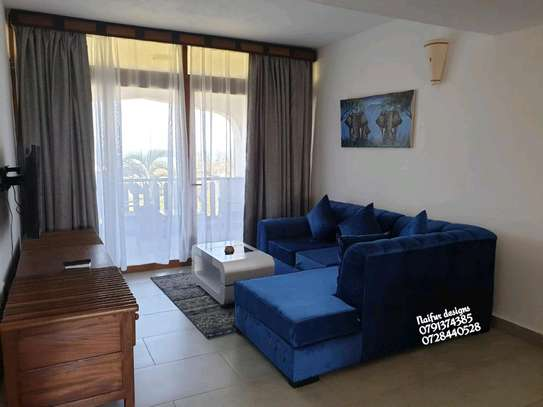 Blue L shaped sofas for sale in Nairobi Kenya/five seater sofas image 2
