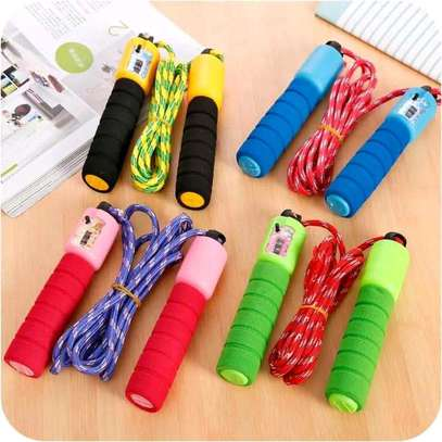 Digital skipping rope with electronic counter image 1