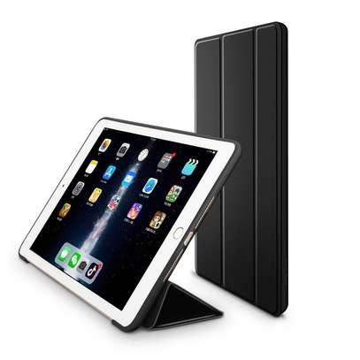 iPad 7 10.2 image 3