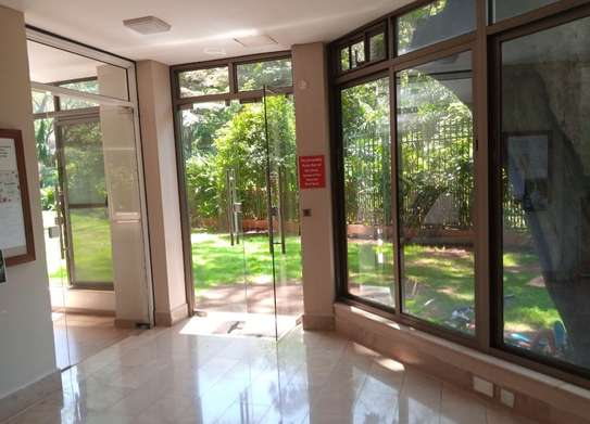 3 bedroom apartment for rent in Muthaiga Area image 11