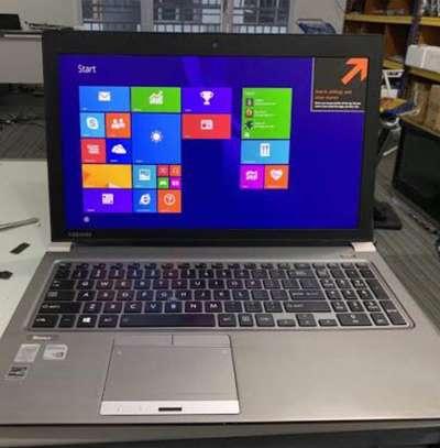 Laptop toshiba i5 image 1