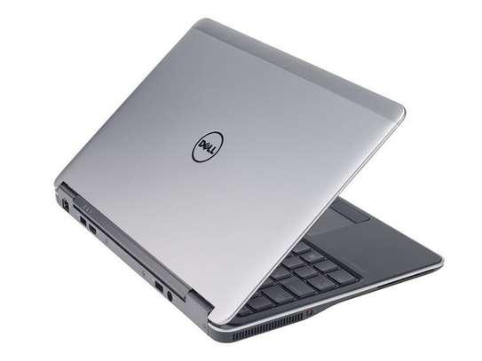 Dell Latitude E7240 Core i5 4GB Ram 128 SSD 2.5GHz Speed 13-inch Screen Display image 2
