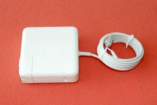Apple 15-inch MacBook Pro Retina 85W image 6