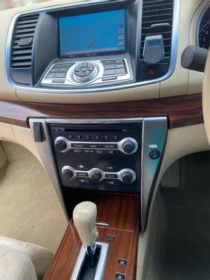 Nissan Teana image 6