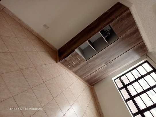 2 bedroom apartment for rent in Ruaka image 2
