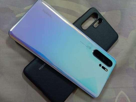 Huawei P30 Pro image 2