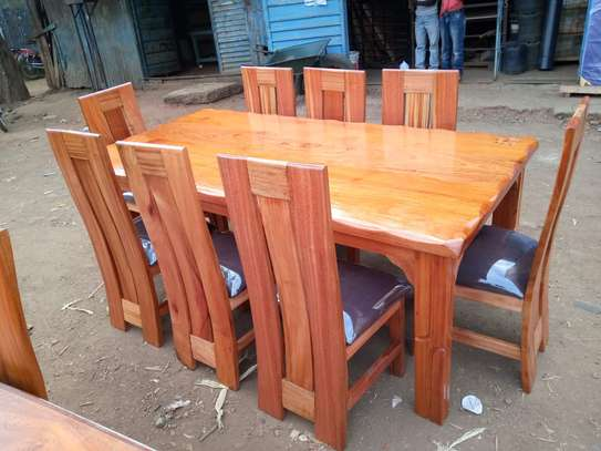 8 seater dinning Table