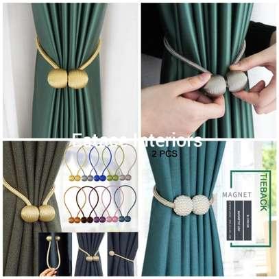 Quality Tie Backs image 2