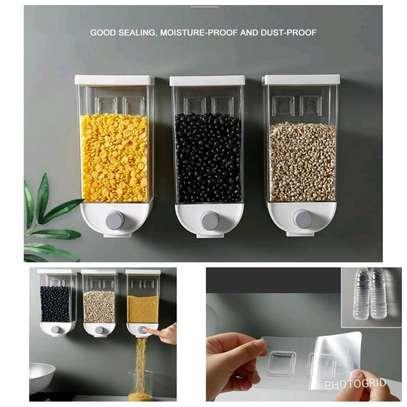 cereal dispenser image 1