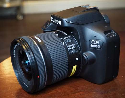 Canon 4000D in  a shop - 2years warranty