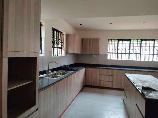 commercial property for rent in Westlands Area image 9
