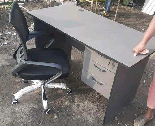 Office chair plus office desk image 1