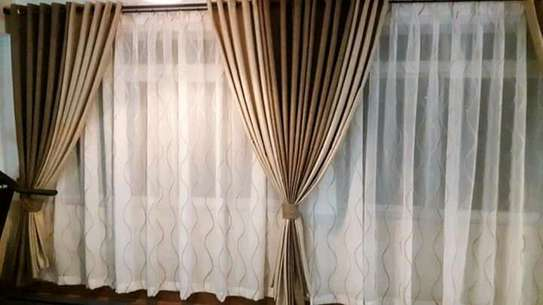 Beautiful and well designed curtains image 2