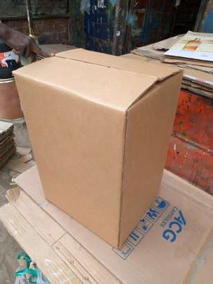 SHIPPING BOXES image 1