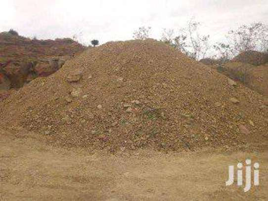 Quarry chippings ( Fine hardcores & murram)