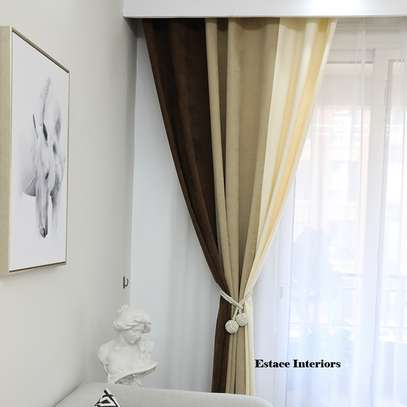 RED THEMED CURTAINS FOR YOUR BEAUTIFUL HOMES image 2