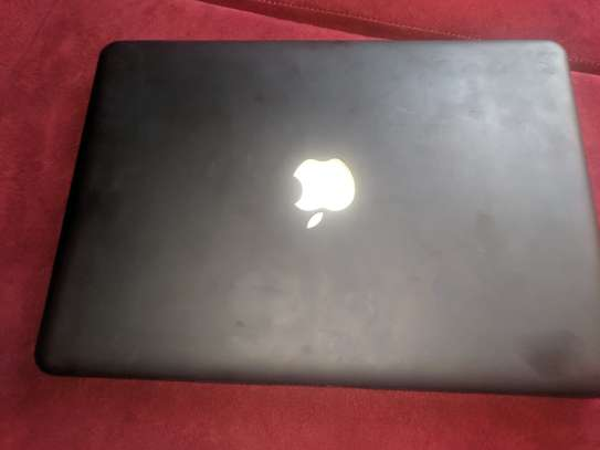 Macbook pro on sale image 3