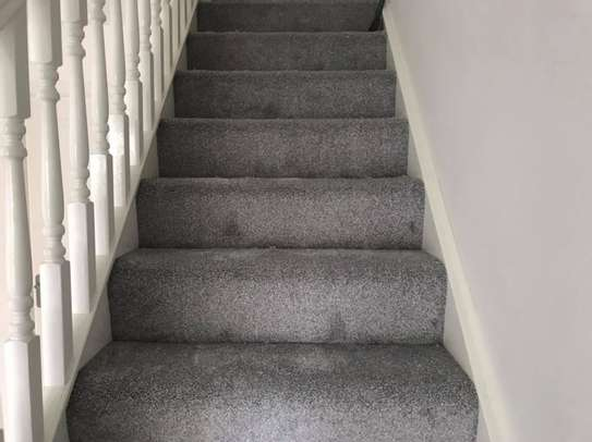 Smooth And Soft Wall to wall carpets image 3