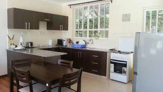 Furnished 2 bedroom house for rent in Runda image 4