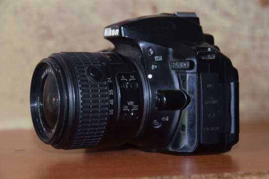 Nikon D5300 WITH 18-55mm KIT LENS