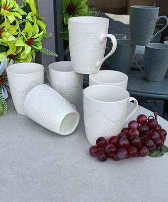 *A set of 6 cups* image 1