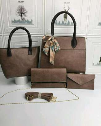 4 in 1 handbag image 4
