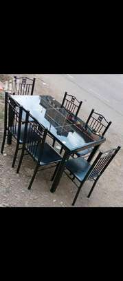 Beautiful dining table with 6 chairs G67L image 1