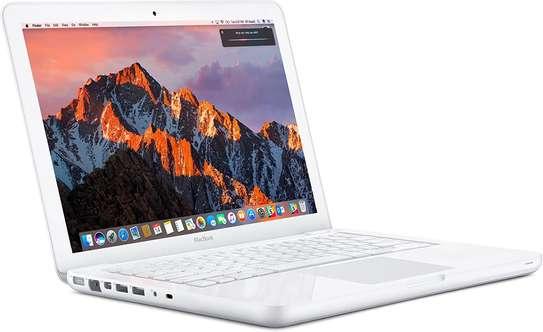 APPLE Macbook A1342 - 13.3 in Screen - Intel C2D 2.33Ghz - 4GB RAM- 250GB HDD With Nvidia Graphics- MAC OSX 10.11 El Capitan  (Refurb) image 1