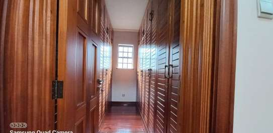 4 bedroom townhouse for rent in Spring Valley image 14
