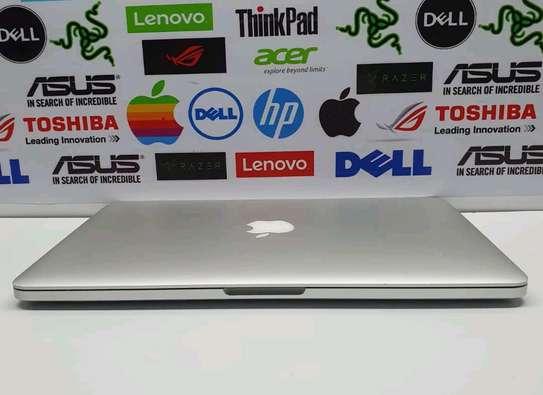 Macbook pro 2015 image 4