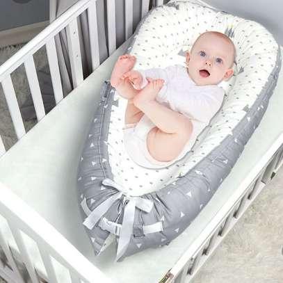 baby co-sleeper/ baby nest/sleep positioners image 1