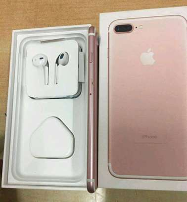 Apple Iphone 7 Plus - 256 GB - In Mint Condition image 3
