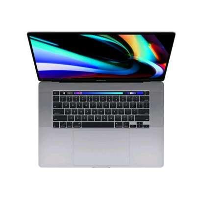 2020 Macbook Pro 16 Core i7, 16gb ram 512ssd image 4