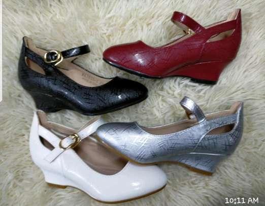 Comfortable taiyu wedge shoe image 1