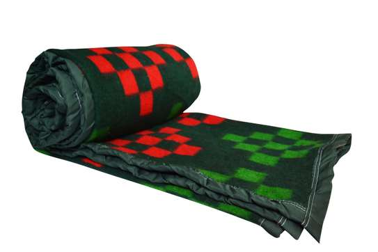 Mega Checks Blankets image 4