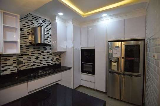 4 bedroom apartment for sale in Lavington image 7