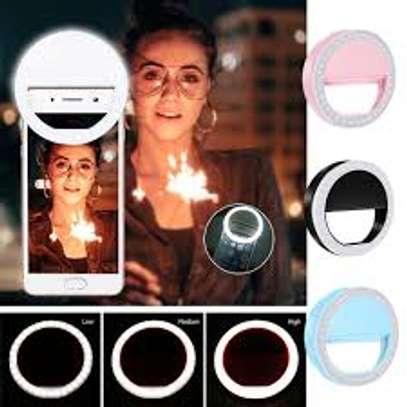 Portable mini selfie ring light image 4