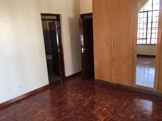 4 bedroom townhouse for rent in Lavington image 8