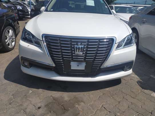 Toyota Crown Royal 2.5 image 6