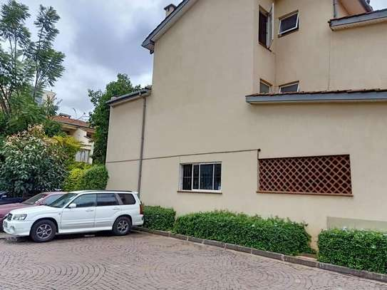 5 bedroom townhouse for rent in Brookside image 12